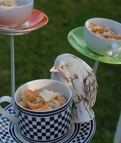 How to make tea cup bird feeders